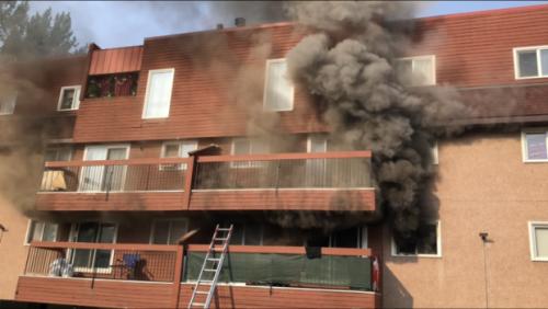 3 hurt in apartment fire in downtown Edmonton