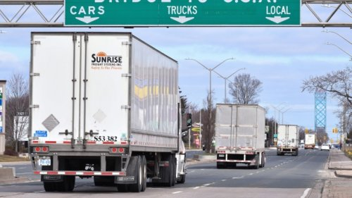 New Brunswick premier urges truck drivers to get a COVID-19 vaccination