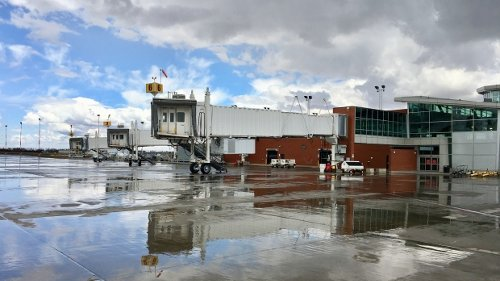 City of Regina signs MOU with airport to collaborate on future plans