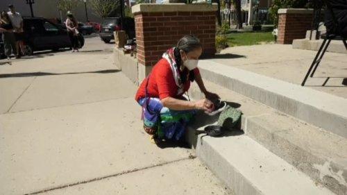 Saskatoon resident seeks global awareness for residential schools
