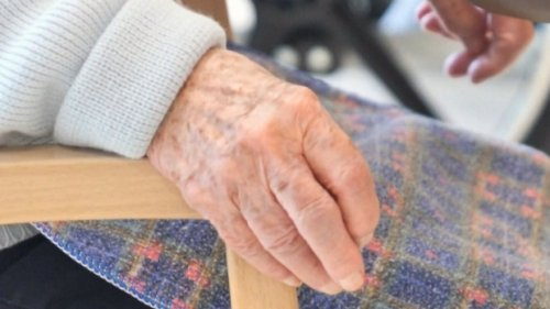 Dozens of seniors infected in COVID-19 outbreak at Montreal retirement home