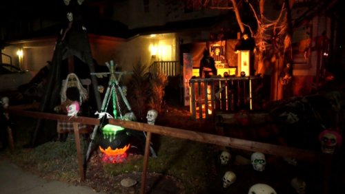 Calgary family's house of Halloween horrors helps benefit the food bank