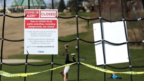 Closing outdoor spaces in Ontario 'will make the problem worse,' epidemiologist says