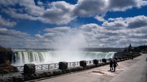 'A ghost town': Niagara Falls mayor wants plan to reopen tourism
