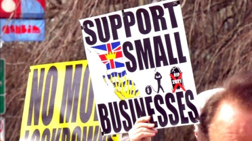Hundreds of business owners protest against B.C.'s new health restrictions
