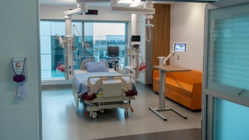 Ontario looks to expand critical care capacity with addition of more than 500 hospital beds