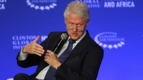 Former U.S. President Bill Clinton admitted to hospital