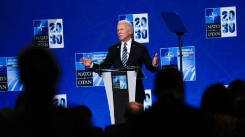 Biden rallies NATO support ahead of confrontation with Putin