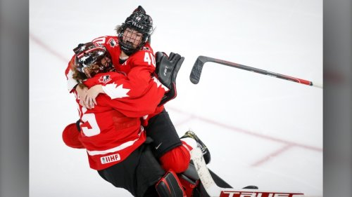 Canadian women's hockey team to play B.C. Junior A men as part of Olympic prep
