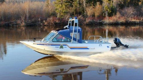Emergency crews search for missing swimmer at Wabamun Lake