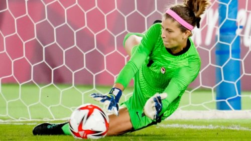 Canadian goalkeeper Stephanie Labbe opens up on struggles during Tokyo Olympics