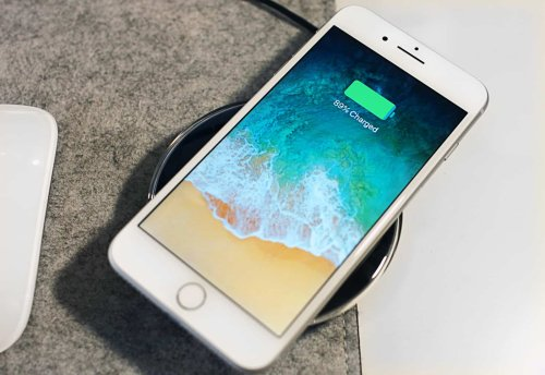 iOS 15 doesn't turn older iPhones into slugs