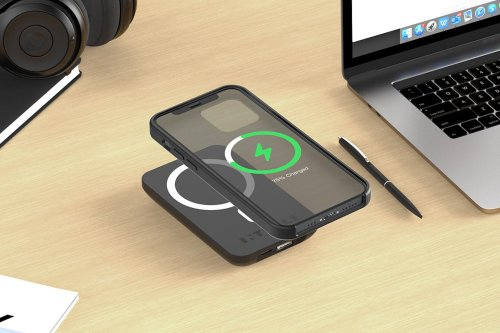 This magnetic power bank wirelessly charges your iPhone for under $40