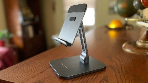 Satechi Aluminum Desktop Stand for iPad review: Flexible and sturdy