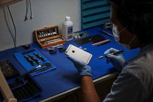 Apple takes its iPhone independent repair program international