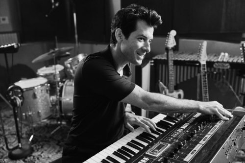 Watch the Sound With Mark Ronson is a fun dive into music production [Apple TV+ review]