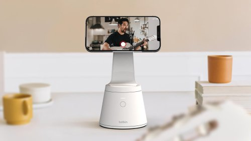 Belkin's iPhone mount follows your face for better video recordings
