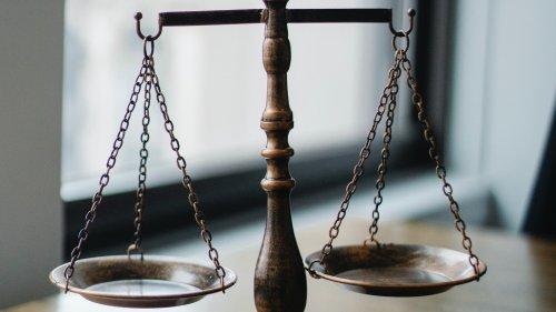 Judge signals possible solution for Epic Games v. Apple court battle