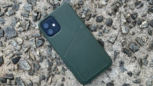 Mujjo Full Leather Wallet Case for iPhone 12 review: Elegant and practical