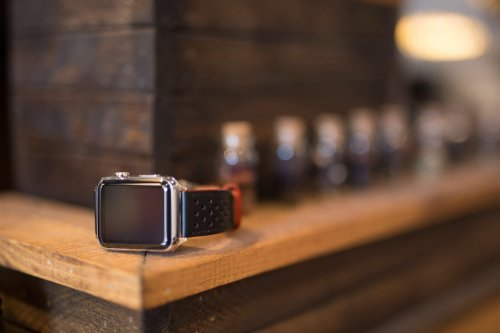 Juuk's swanky leather bands are a great Apple Watch upgrade