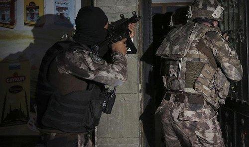 İstanbul'da IŞİD operasyonu: Kritik isimler gözaltında