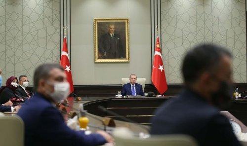 Kabine toplantısı: Bazı Covid kısıtlamalarının kaldırılması ya da esnetilmesi gündemde