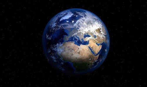 Yeni araştırma: Zamanında Dünya bir yana eğildi ve sonra kendini düzeltti