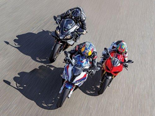 Aprilia RSV4 1100 Factory vs BMW S 1000 RR vs Ducati Panigale V4S