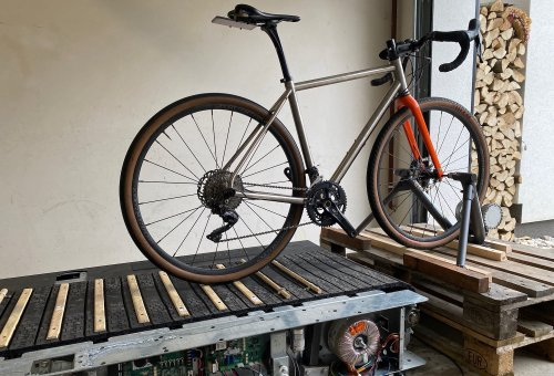 Lab Test: Lowering Your Tyre Pressure Will Greatly Improve Your Bike's Comfort - CyclingAbout