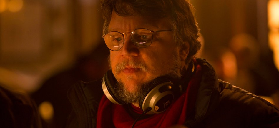 Guillermo Del Toro's Nightmare Alley Has Wrapped, Will Hit Theaters Late This Year