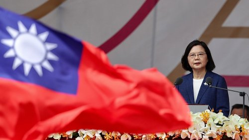 Taiwanese president responds to Xi's call for peaceful reunification: Island will not 'bow to pressure'