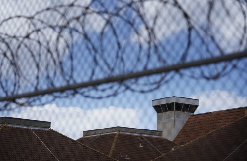 Hawaii Supreme Court May Lift COVID-19 Order To Free Inmates Without Bail
