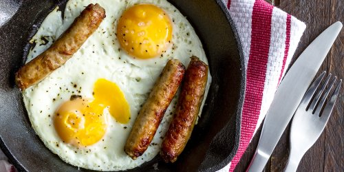 What Does an Egg's Yolk Color Mean?