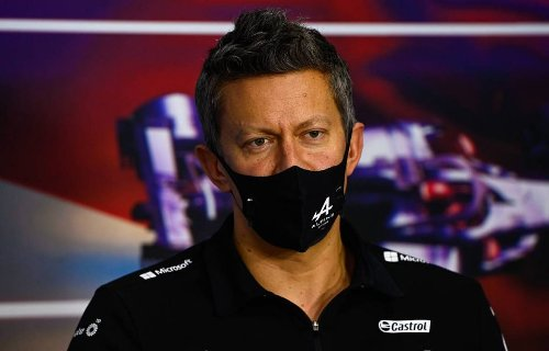 Mercedes 'to sort issues within three races'