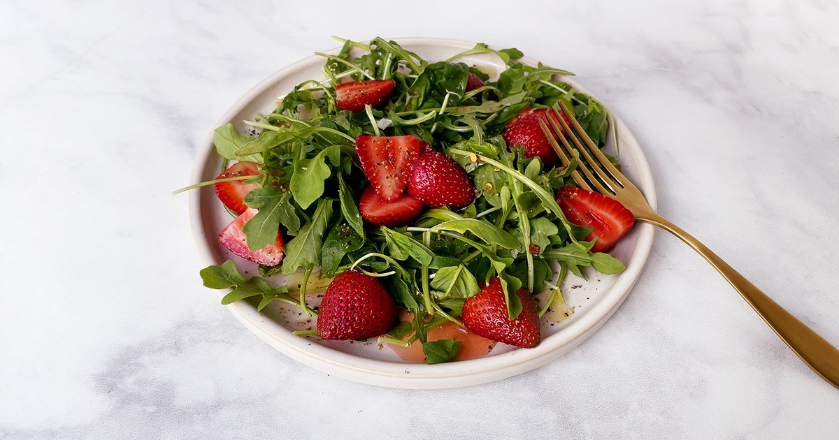 Strawberry, Basil and Arugula Salad with Lots of Black Pepper
