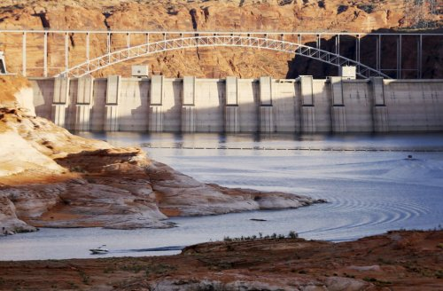 Western states chart diverging paths as water shortages loom