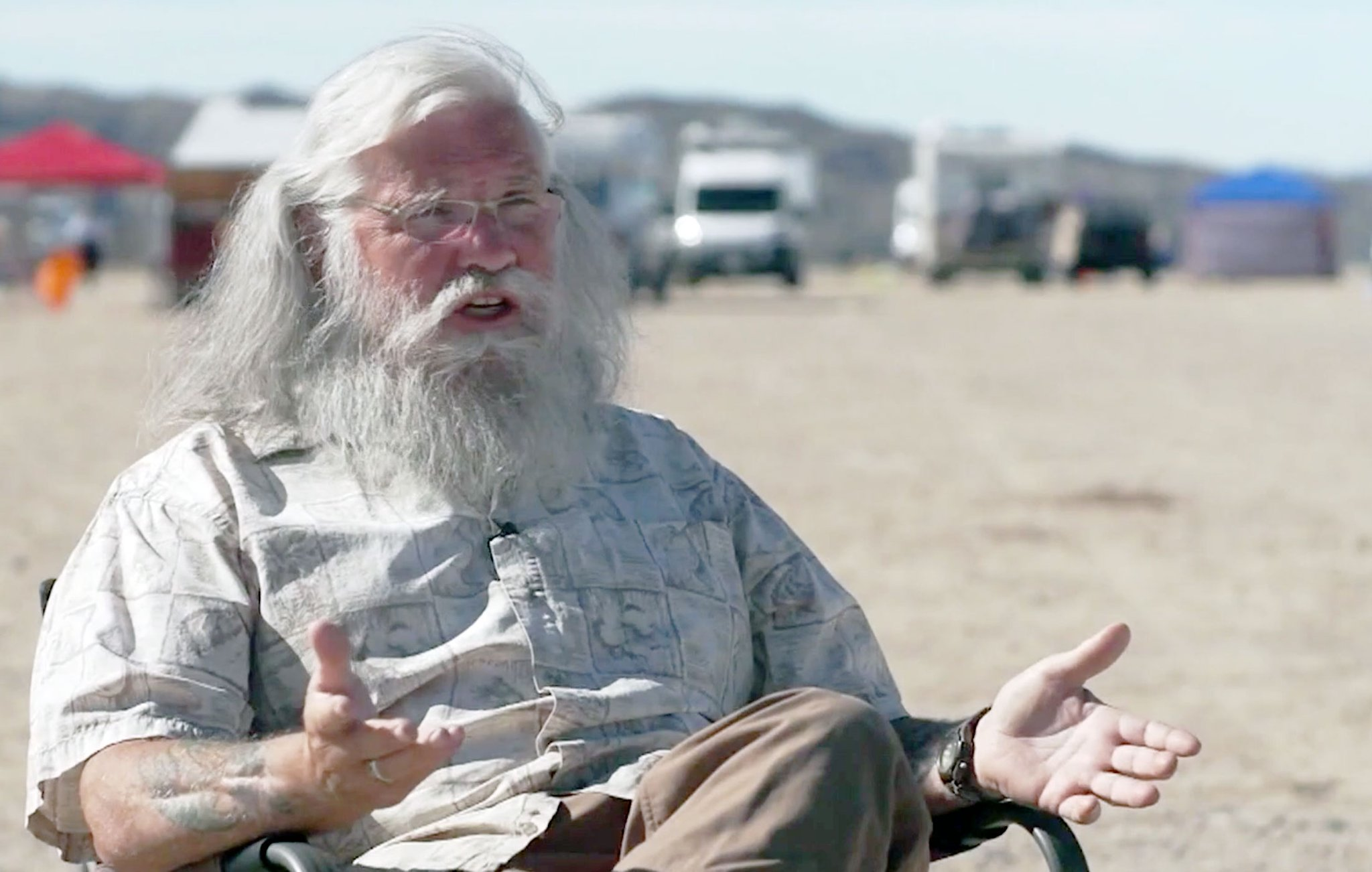 Everything you need to know about 'Nomadland,' Bob Wells and #VANLIFE - cover