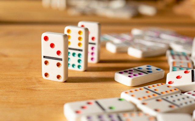 Hướng dẫn cách chơi domino giỏi, chiến thuật domino hiệu quả - cover