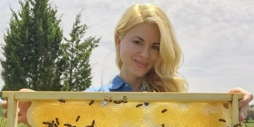 Beekeeper Erika Thompson responds to 'untrue and hurtful' accusations