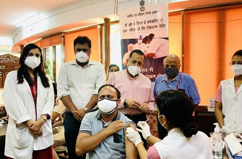 Dr Jitendra visits exclusive vaccination camp for DoPT employees, their families