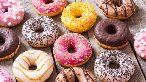 Let's enjoy and learn about Doughnuts on National Donut Day 😄
