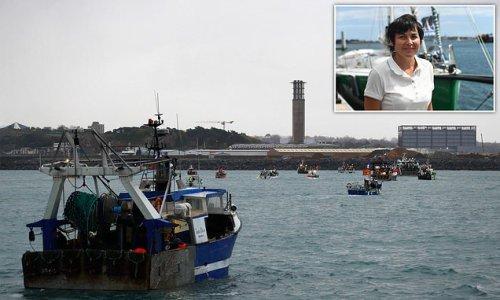 France heats up fishing cold war with November 1 retaliation threat