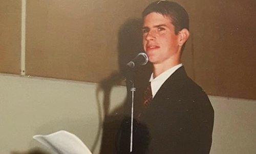 Guess who! Australian TV star shares throwback photo from high school