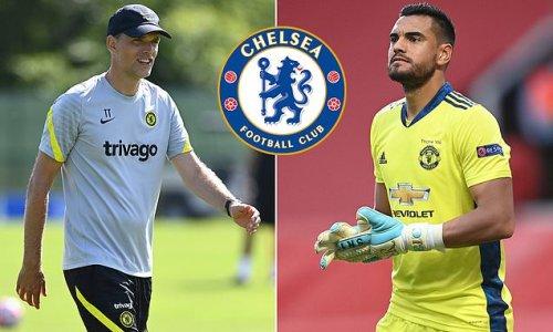 Chelsea are 'considering a move for Sergio Romero'