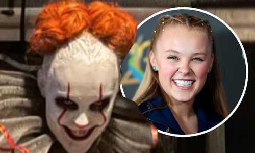 Jojo Siwa is a VERY creepy Pennywise for DWTS horror night