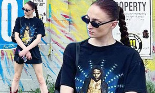 Sophie Turner puts on a very leggy display while rocking short shorts