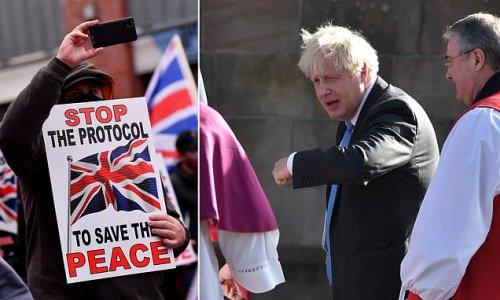 Boris Johnson 'prepared to cave in to EU' over court role in Ulster