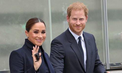 Prince Harry and Meghan Markle visit the 9/11 Memorial in NYC