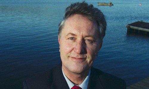 Anti-vaxxer finance guru Alan Steel dies from Covid aged 74