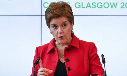 Bins overflow in Glasgow just days before leaders meet for Cop26